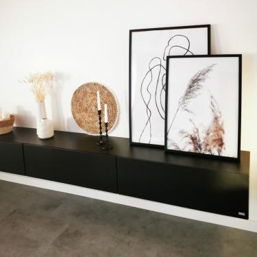 Unser TV Board Somero - individuell in Szene gesetzt von unseren Kunden. Wie würdest du es umsetzen? Wir freuen uns auf deinen #wuunmoment⠀⠀⠀⠀⠀⠀⠀⠀⠀ ⠀⠀⠀⠀⠀⠀⠀⠀⠀ #interiordesign #tvboards #wohnzimmer #möbel #interior #design #style #furniture